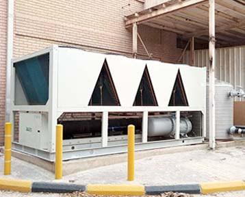 100Tr (350) Air Cooled Chiller In Kuwait
